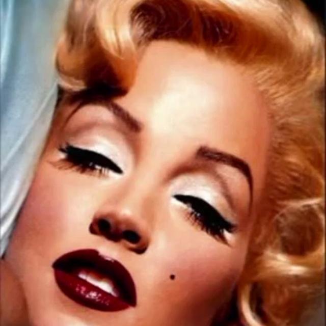 Marilyn Monroe Ef Creative Studios