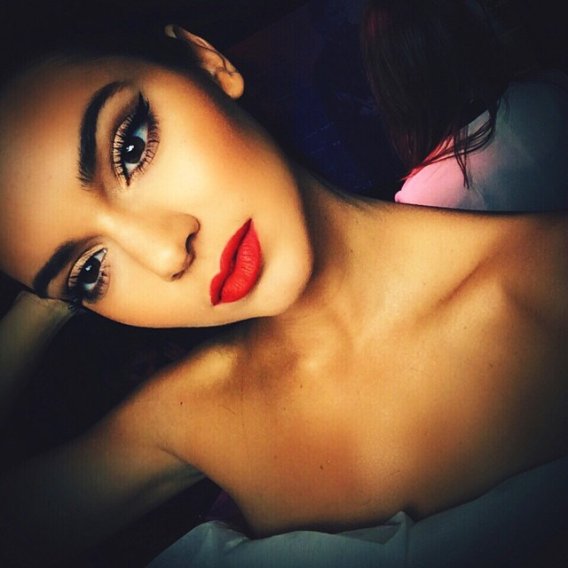 Kendall Red Lips