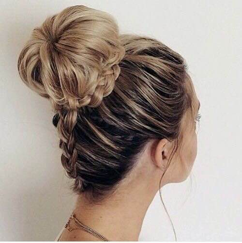 Braided topknot, braids, hairstyles, easy, spring, summer